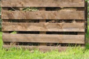 Compostera de madera: ¿por qué escogerla?