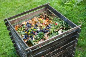 ¿Cómo hacer una compostera casera?